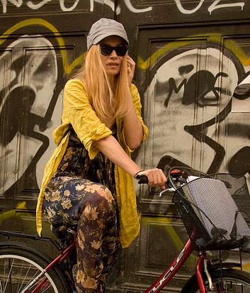 Photos Of The Day Bike Ride Envy Street Fashion Worldwide